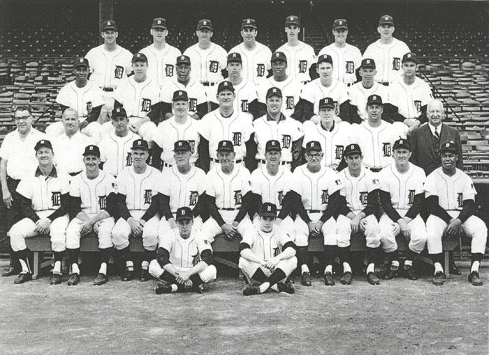 thedeadballera com    1969 detroit tigers team photo